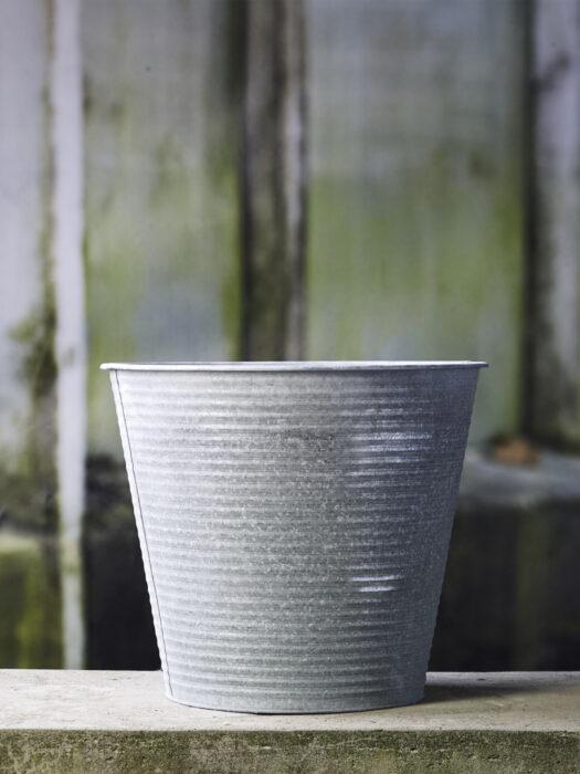 50100902-35_A Zinc Planter - B Green