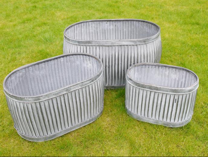 Set of 3 Galvanised Tubs SN- 3923