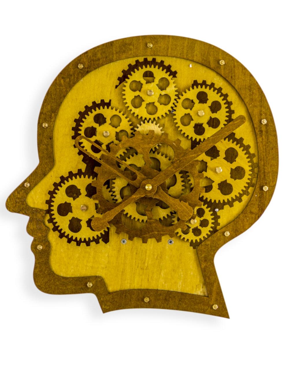 Wooden Head Moving Gears Wall Clock